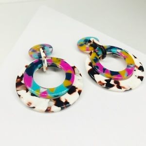 CLOSET REHAB Jewelry - RESTOCKED Banded Hoop Earrings in Pink and Brown